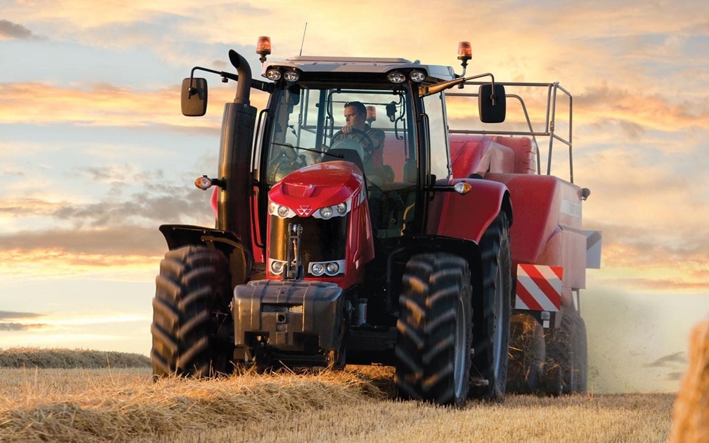 Massey ferguson tractor lieckens land tuin en bouwmachines