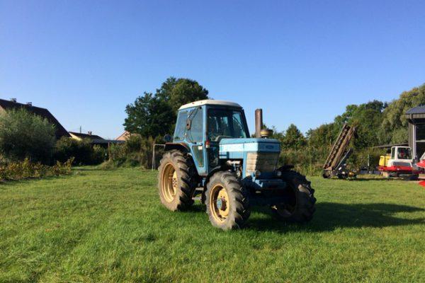 Ford 7410 traktor